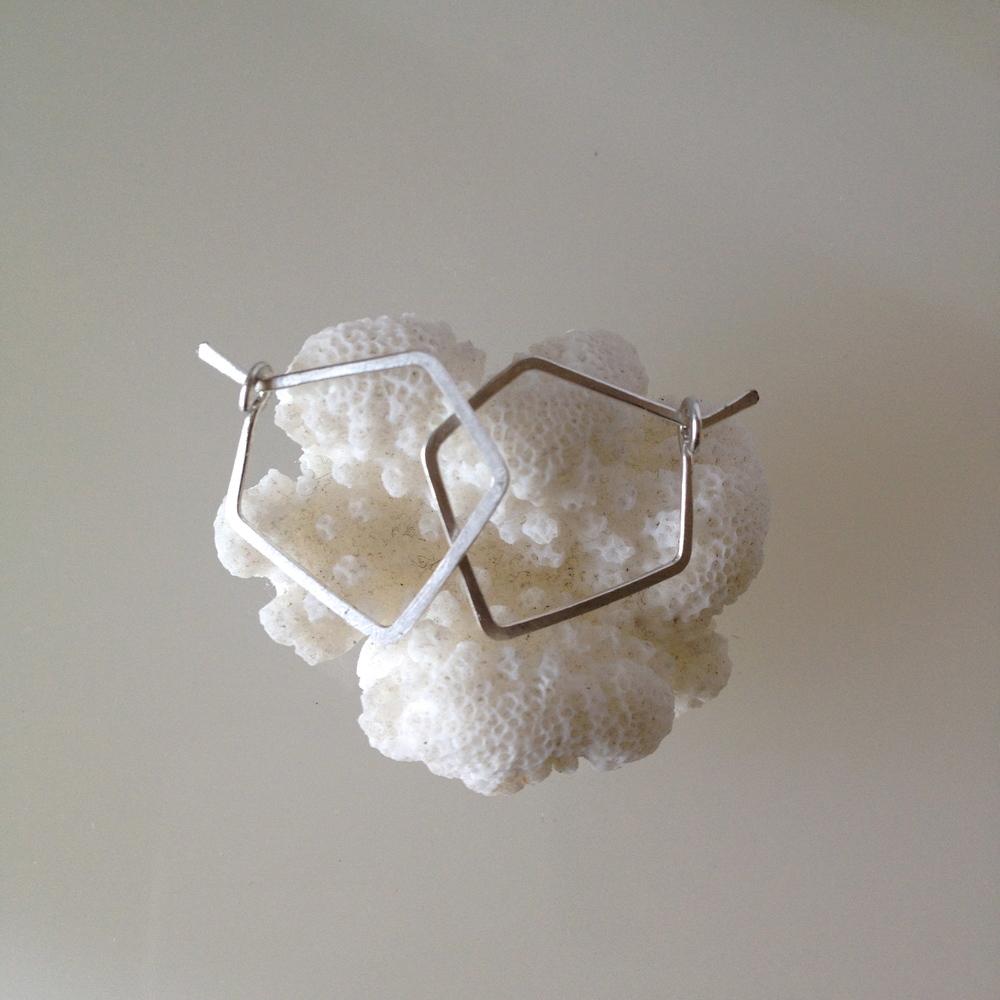 PETITE DIAMOND HOOPS