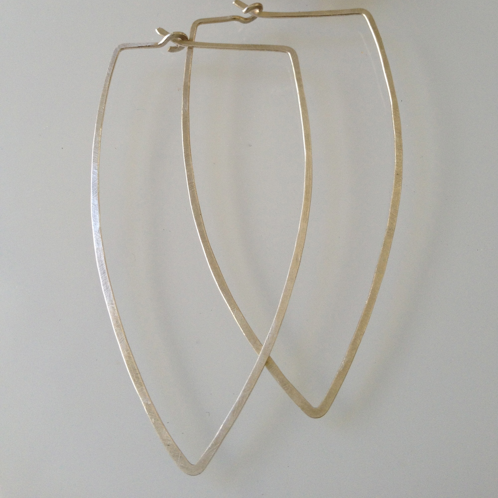 BIG TUSK HOOPS