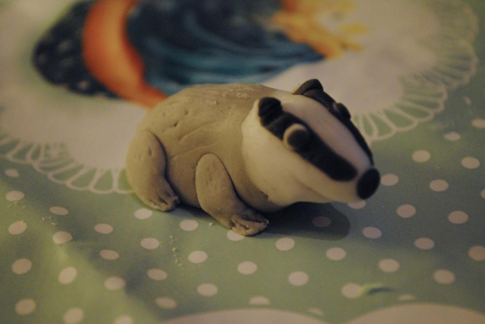 A bashful fondant badger