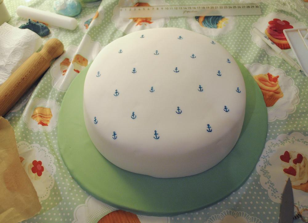 anchor_cake_halficing.jpg