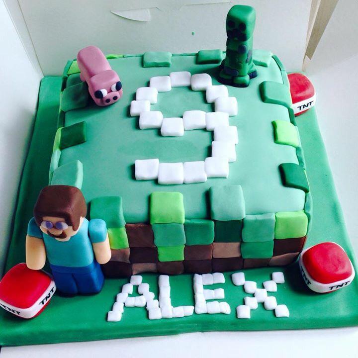 Minecraft Cake (September).jpg