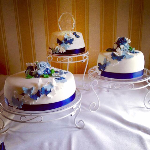 Wedding Cake (April).jpg