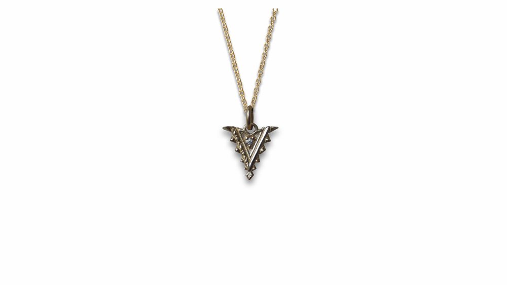 arrow pendant.jpg
