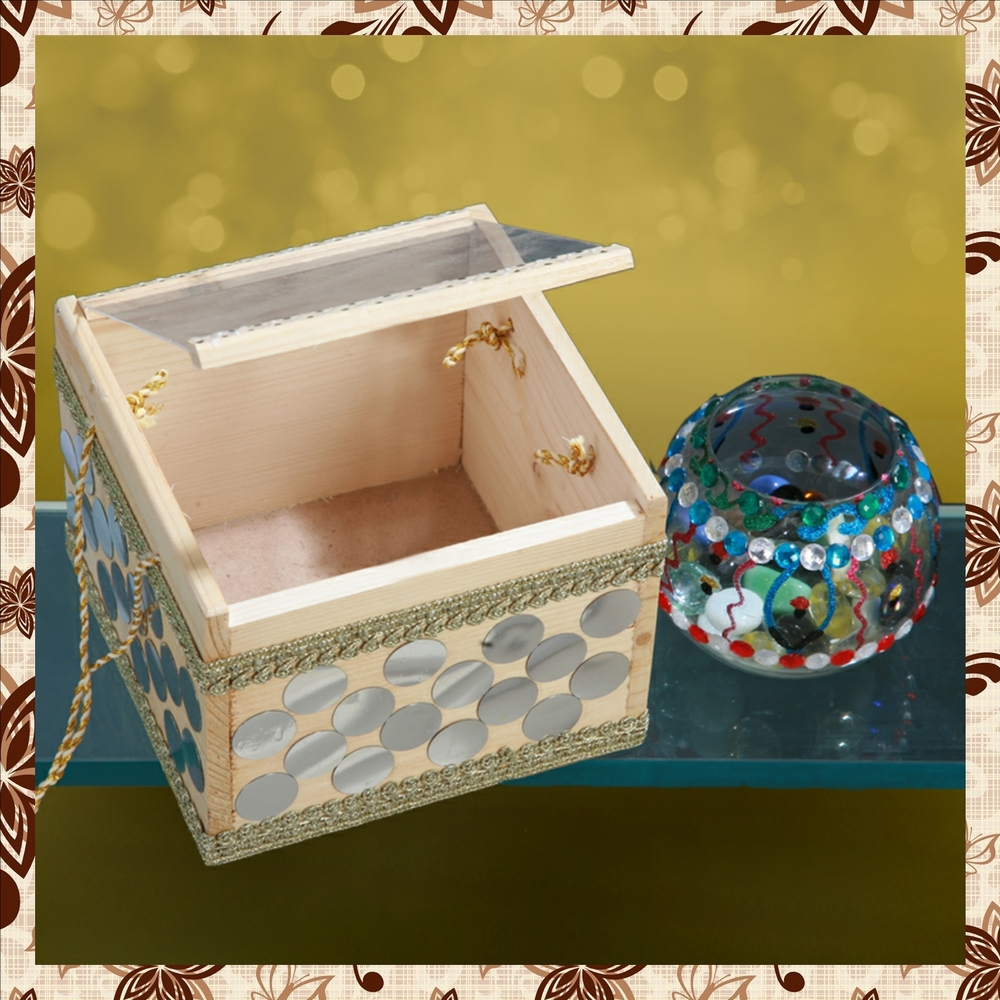 G1011 : Decorated wooden box. Tissue box. Hand painted glass jar. For prices, please call 9987261106 or email mousumii@goshopart,com. Delivery free in Mumbai for billing value greater than Rs 2000.