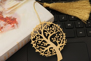 Product code:M1049: Antique finish doli .Rs 1200 plus tax. For bulk order rate please emailmousumii@goshopart.com