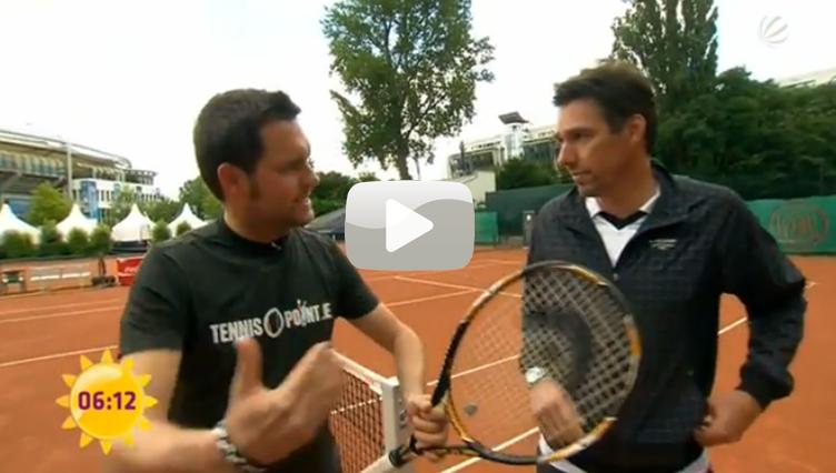 Matthias Killing spielt Tennis...