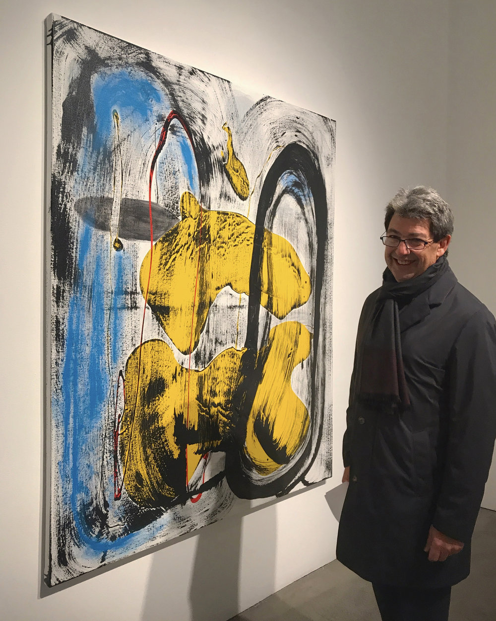 Paul Schimmel in front of my work!  A giant in our art world...