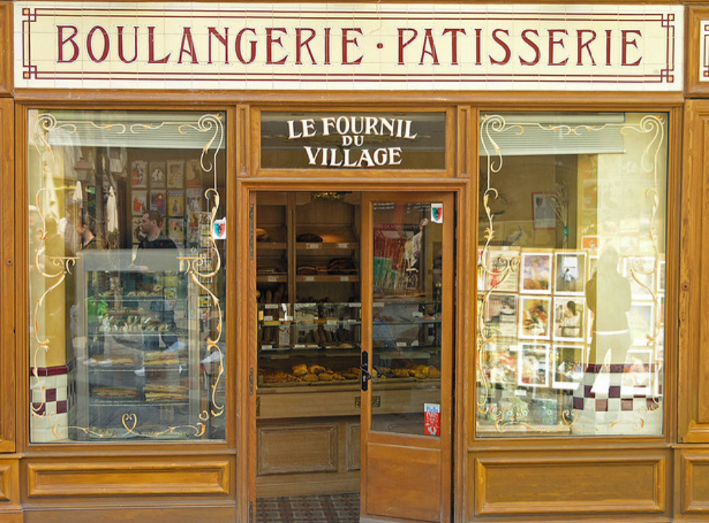 Forbidden pleasures in Montmartre