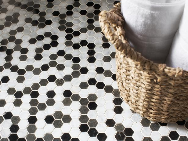 Original_Brian-Patrick-Flynn-hexagon-bathroom-tile_s4x3_lg.jpg