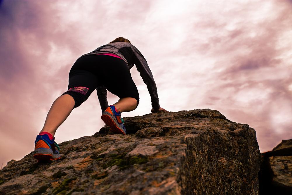 femalecrawl:climb.jpg