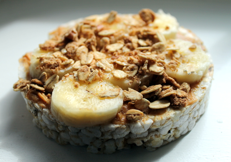 Maple Peanut Butter Banana Rice Cakes — Nuts About Granola