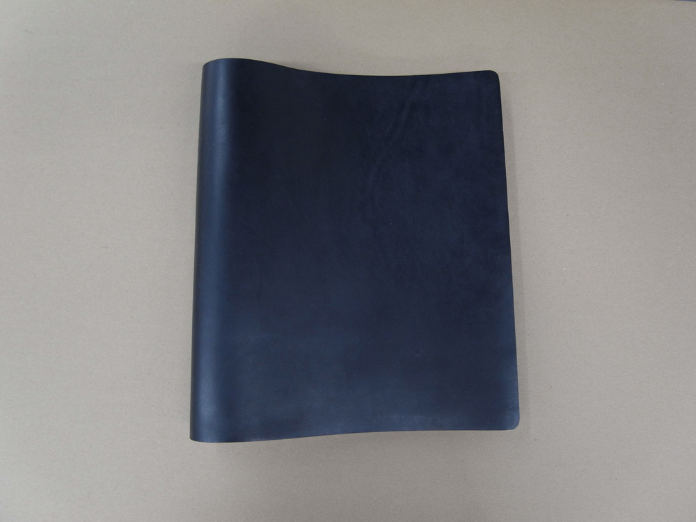 brewer-cantelmo-horween-leather-portfolio-cover.jpg