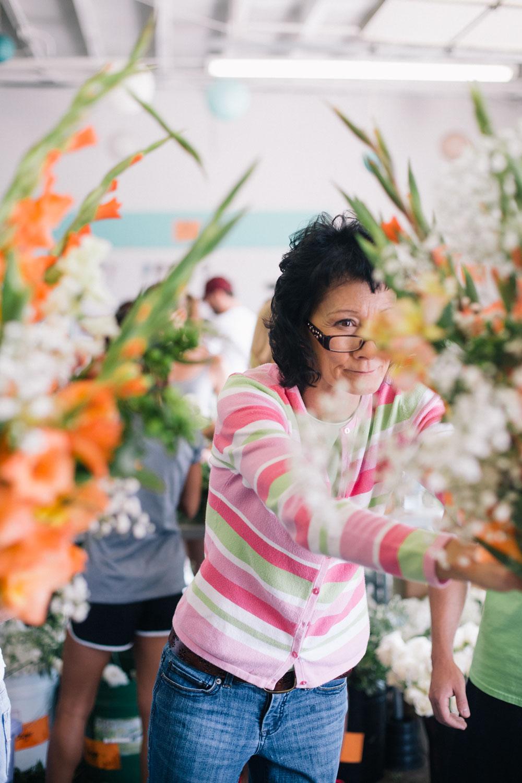 dig-flowers