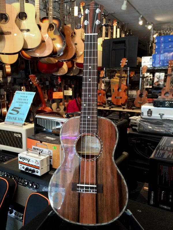 waikiki_ukulele_40.jpg