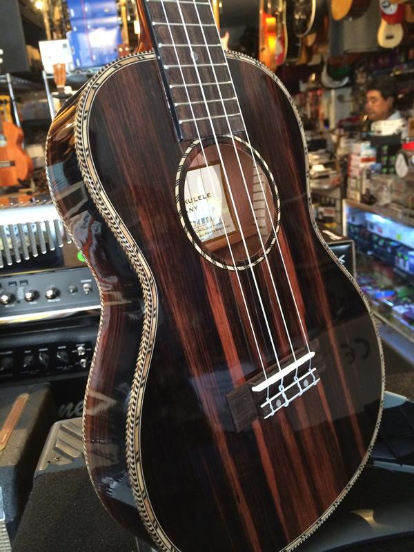 waikiki_ukulele_05.jpg