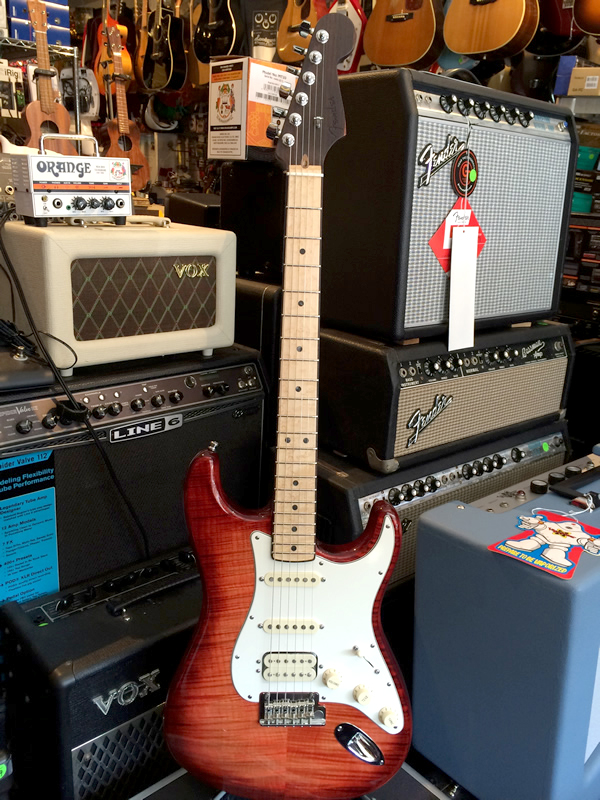 Fender Select Stratocaster Hss Exotic Maple Flame