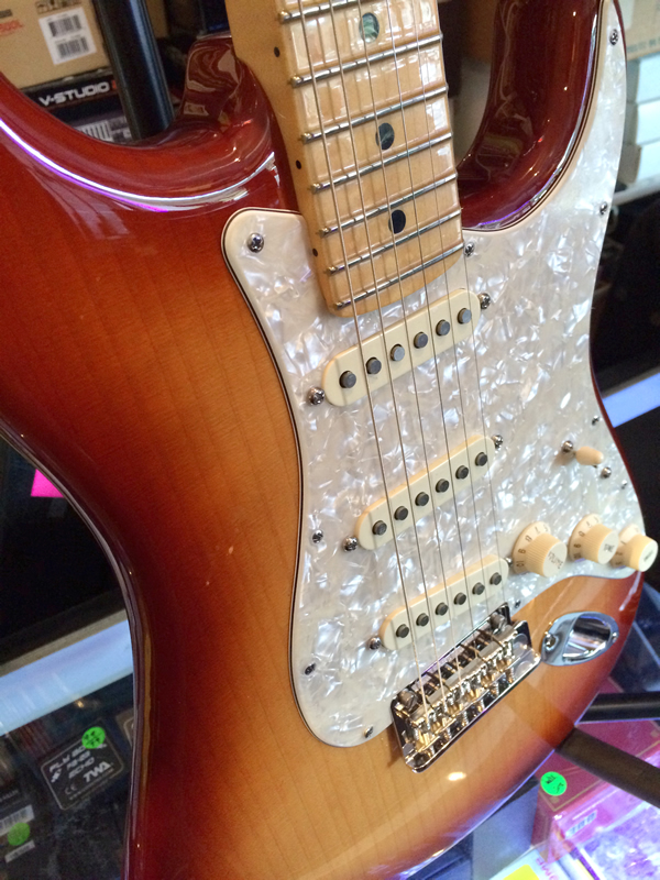 fender_port_orford_strat04.jpg