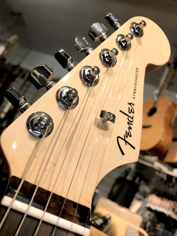 Fender Strat Elite LPB 02.jpg
