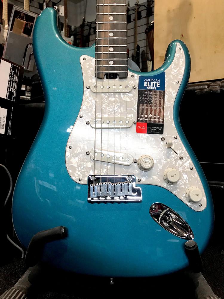 Fender Strat Elite LPB 05.jpg