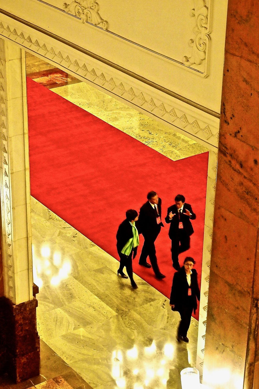 Chinese officials in the Great Hall of the People, Beijing. (C) Remko Tanis