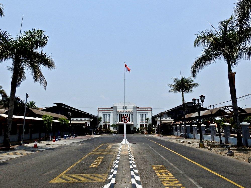 The main train station in Yogyakarta, Indonesia. (C) Remko Tanis