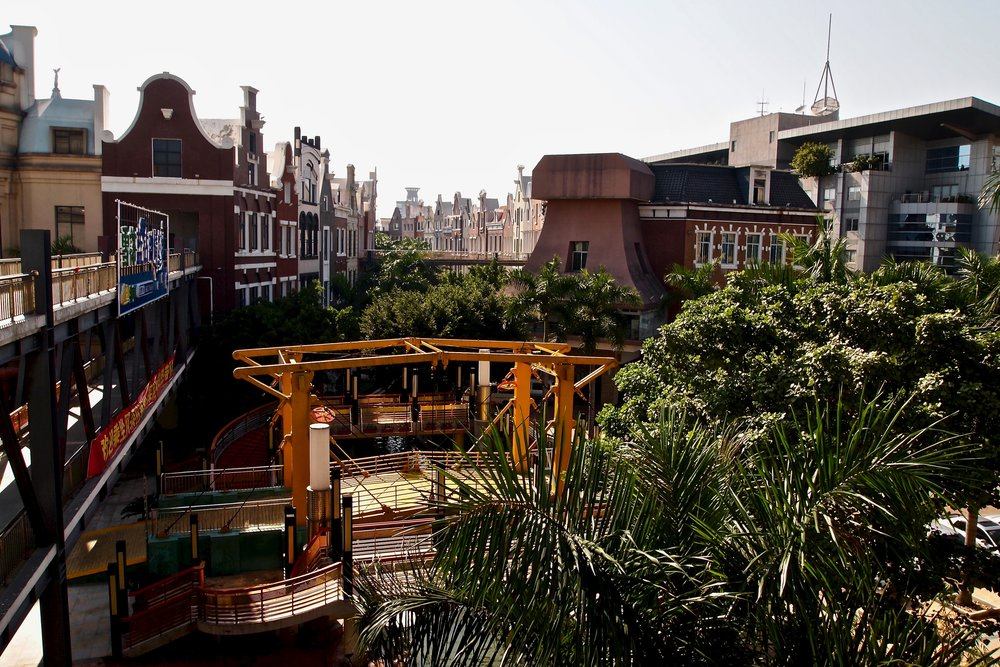 Venetian canal flanked by historic Amsterdam canal houses in the empty New South China Mall in Dongguan, China. Photo: (C) Remko Tanis