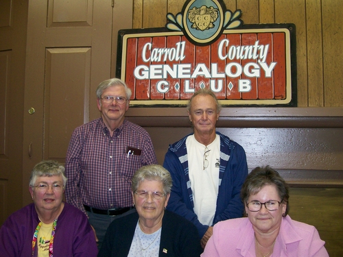 carrollgenealogyclub09-0415Officers.jpg