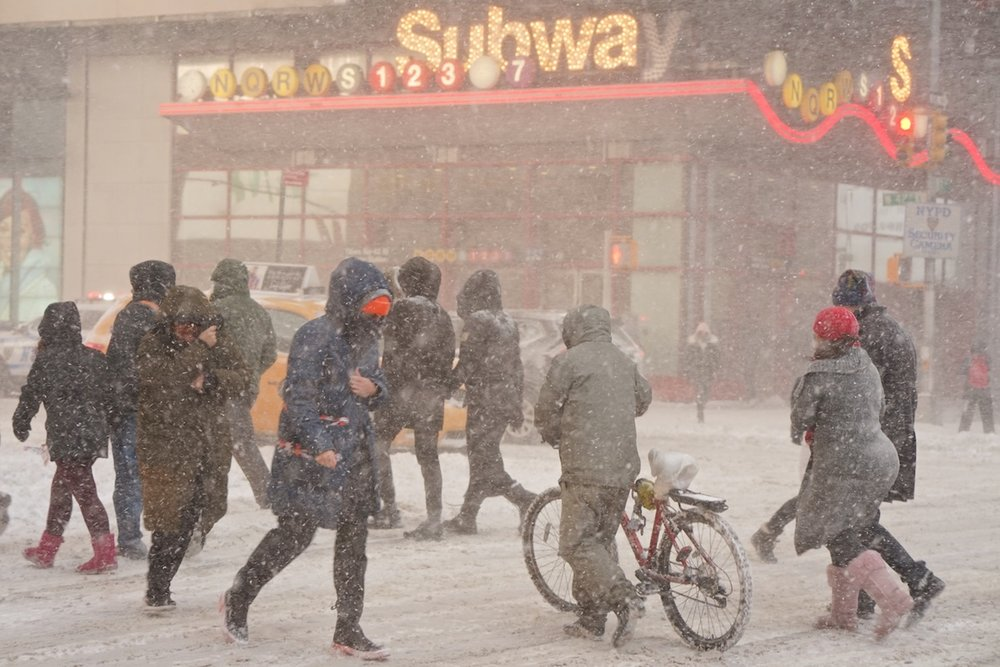 New Yorkers Take Snowstorm in Stride