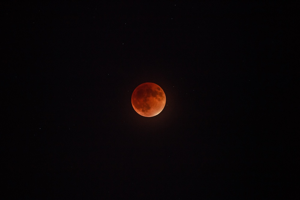 Harvest/blood moon eclipse 9/27