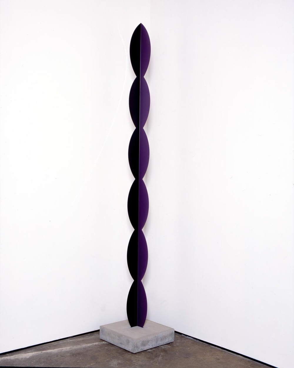 Kusine   2006   painted steel, concrete base   300x13x13cm,   base 11x45x45cm