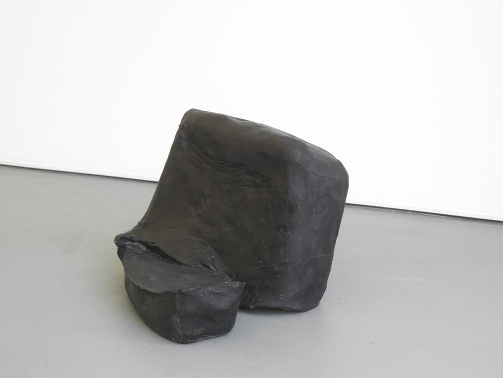 Paulo Monteiro Tres passos trabalho 2012 Iron 33 x 40.3 x 40.4 cm / 12.9 x 15.8 x 15.9 in