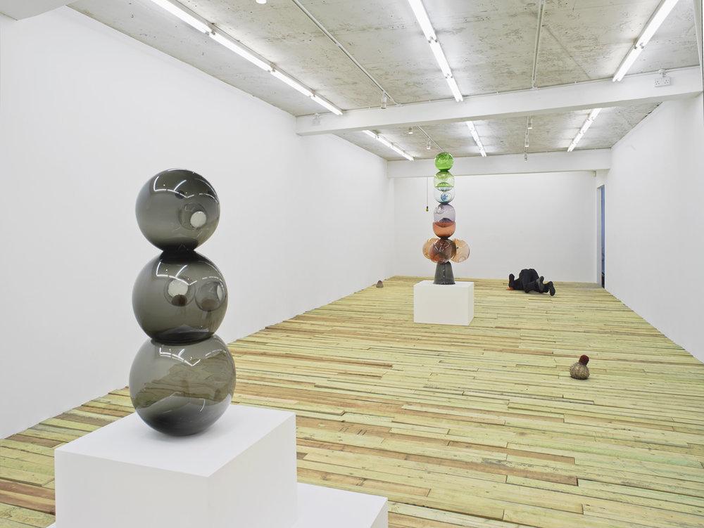 Klaus Weber  Kugelmensch  Installation View  Herald St  2017