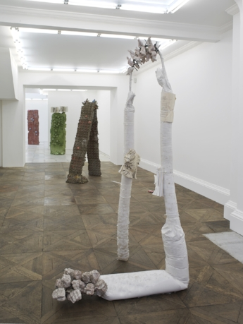 Installation view_h.jpg