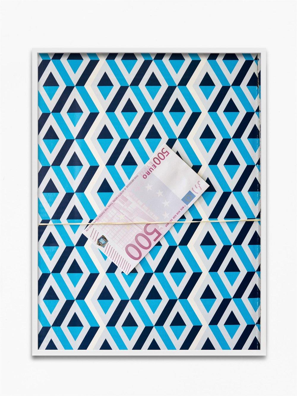 500 Euro  2018  Archival pigment print, framed  75 x 56 cm / 29.5 x 22 in