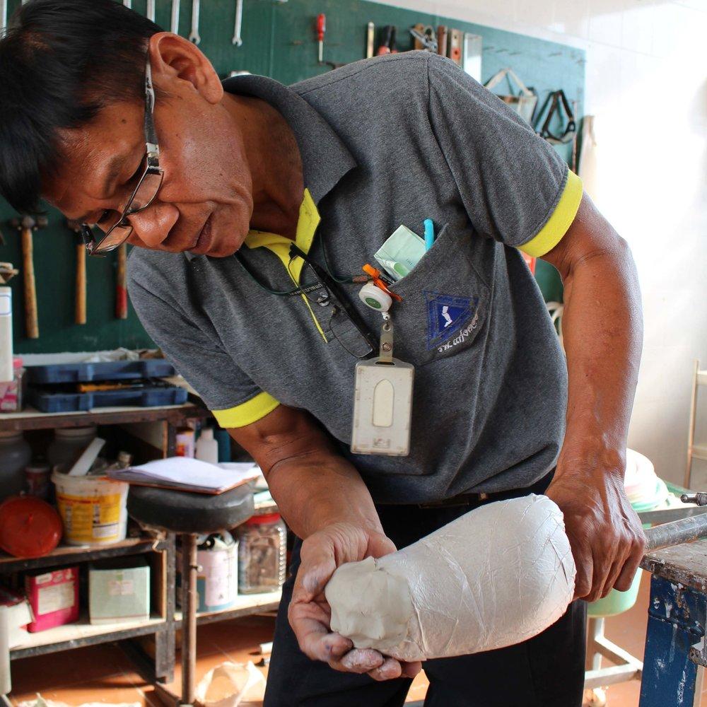 IMG_1923 prostheticmaker small.jpg