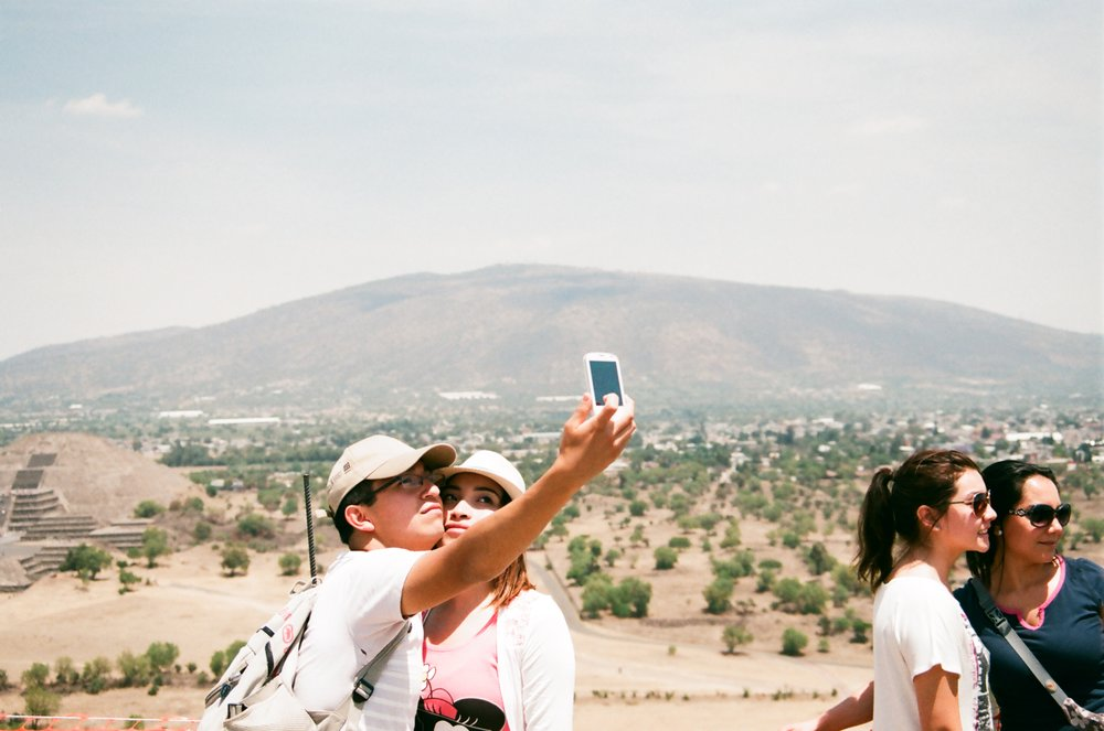 COUPLE - Teotihuacan, Mexico, photo (c) Ambre Kelly & Andrew Gori