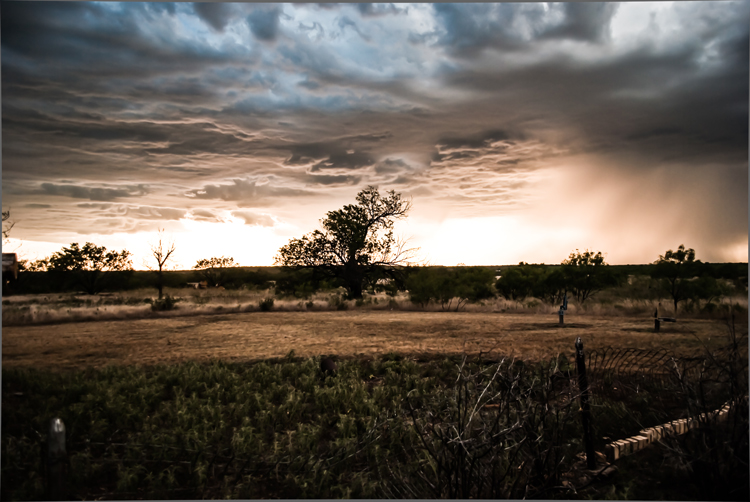 Storm-behind-the-Ranch2