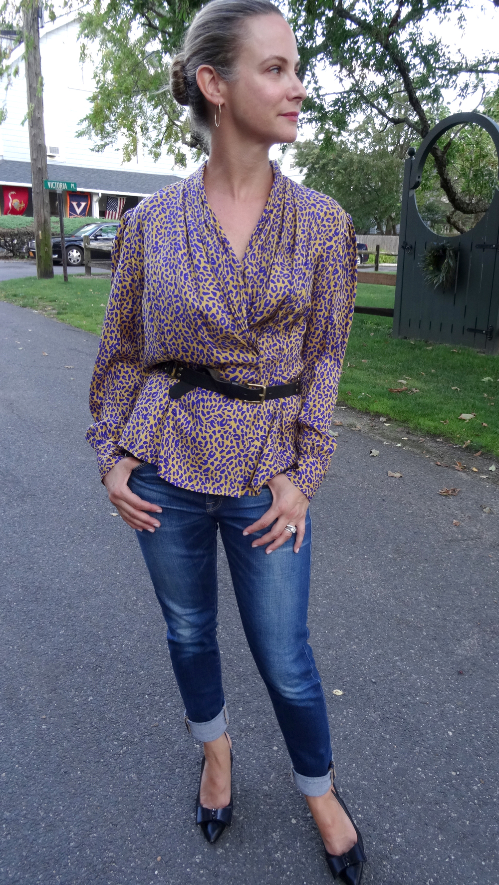 Vintage purple and gold leopard top.