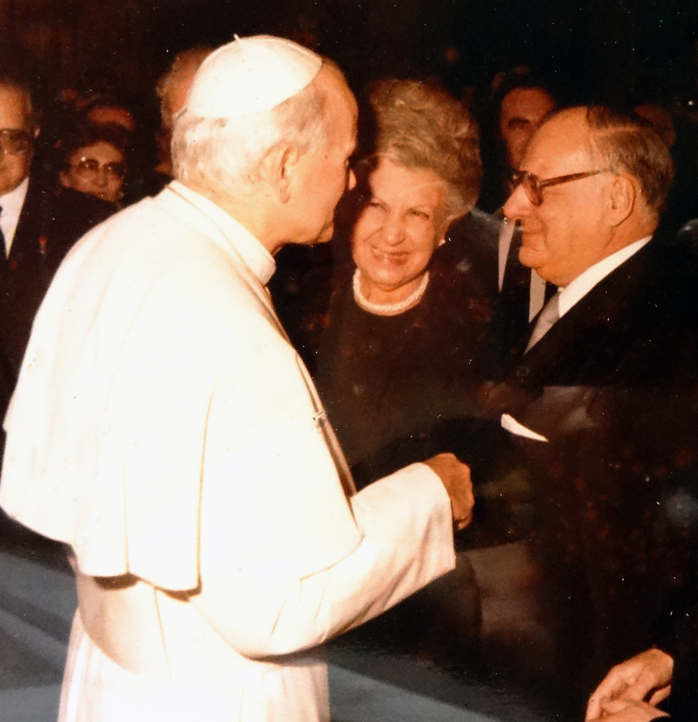 My Grandparents Dorothy and H.P Tasman with Pope John Paul II