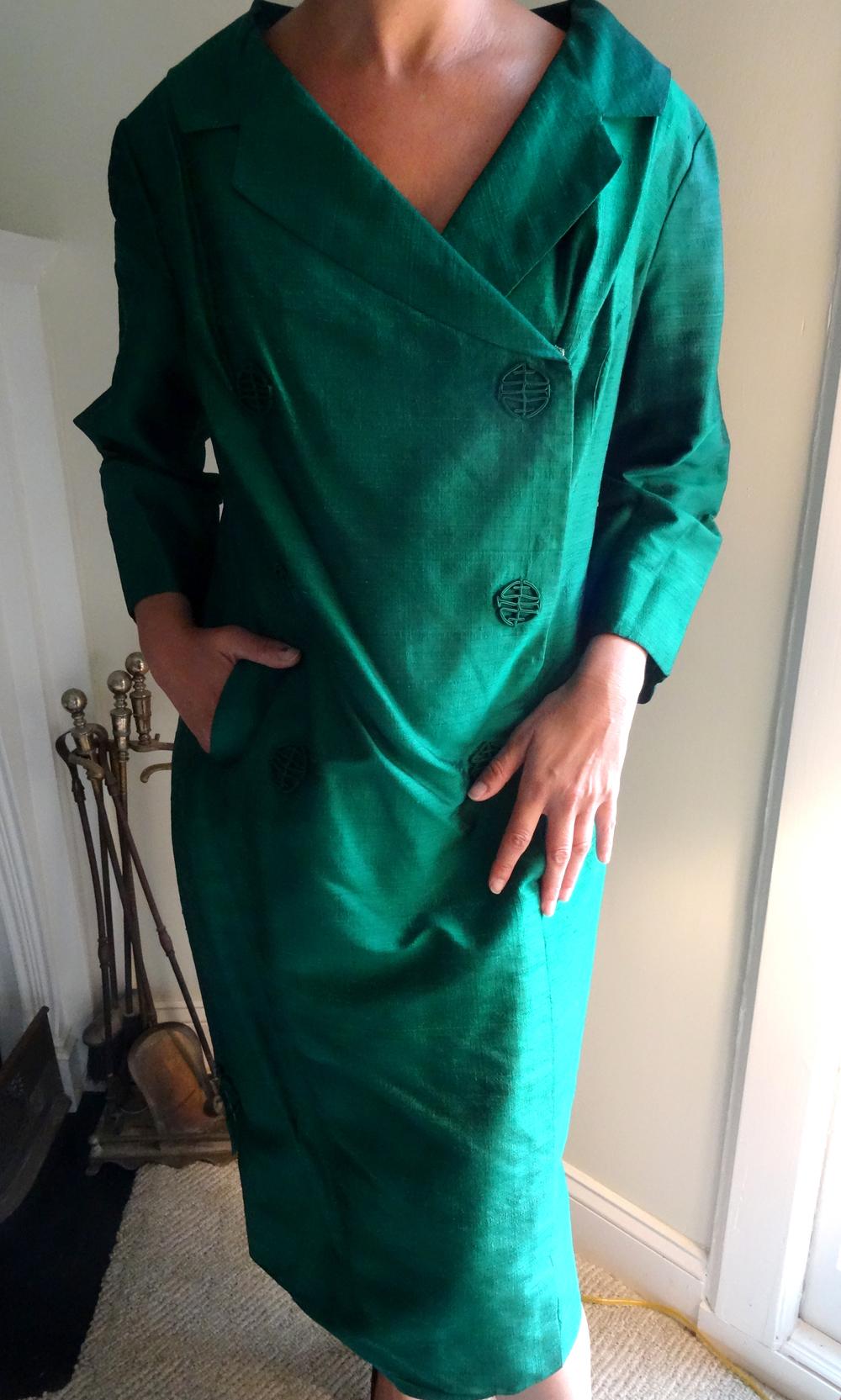 Vintage emerald green shantung silk coat dress