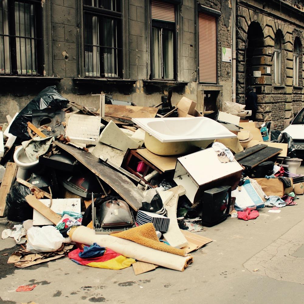 Pile #9, Lujza Street.