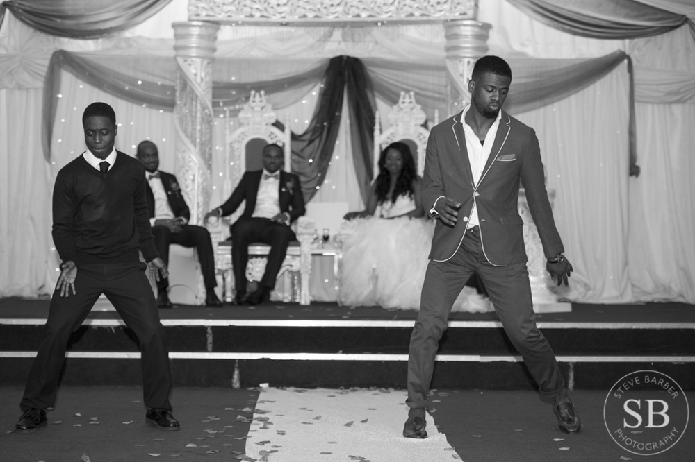 wedding-reception-london-dancing-african
