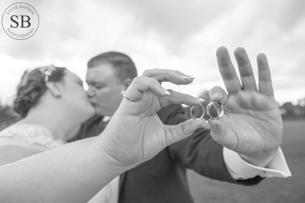 Romantic-Wedding-Rings-Detail-Wedding-Photography