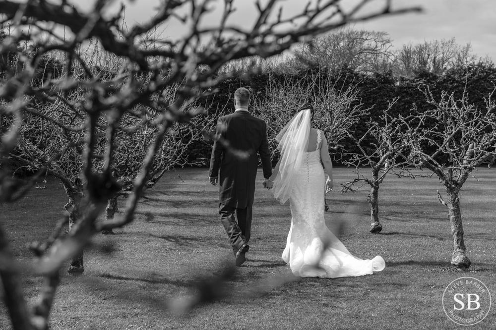 recommended-wedding-photographer-winters barn