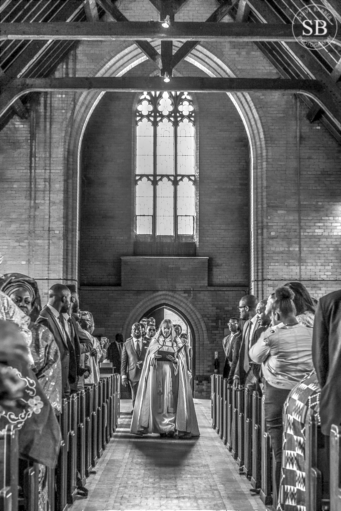 traditional-church-wedding-dagenham