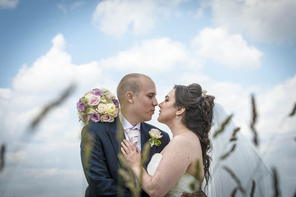 london-golf-club-wedding-natural-photography