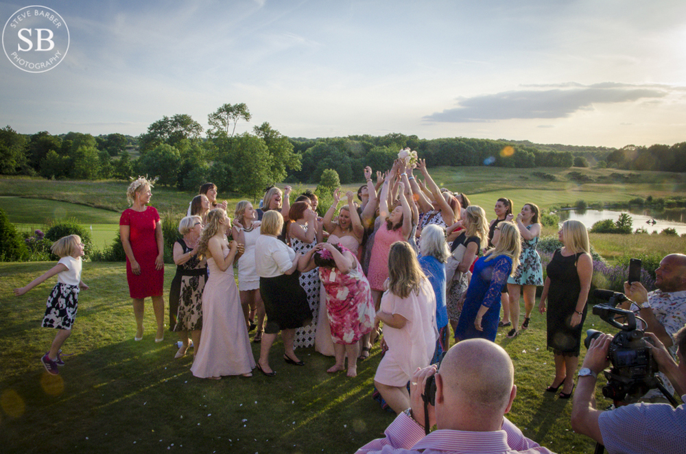 reportage-wedding-photographer-london golf club