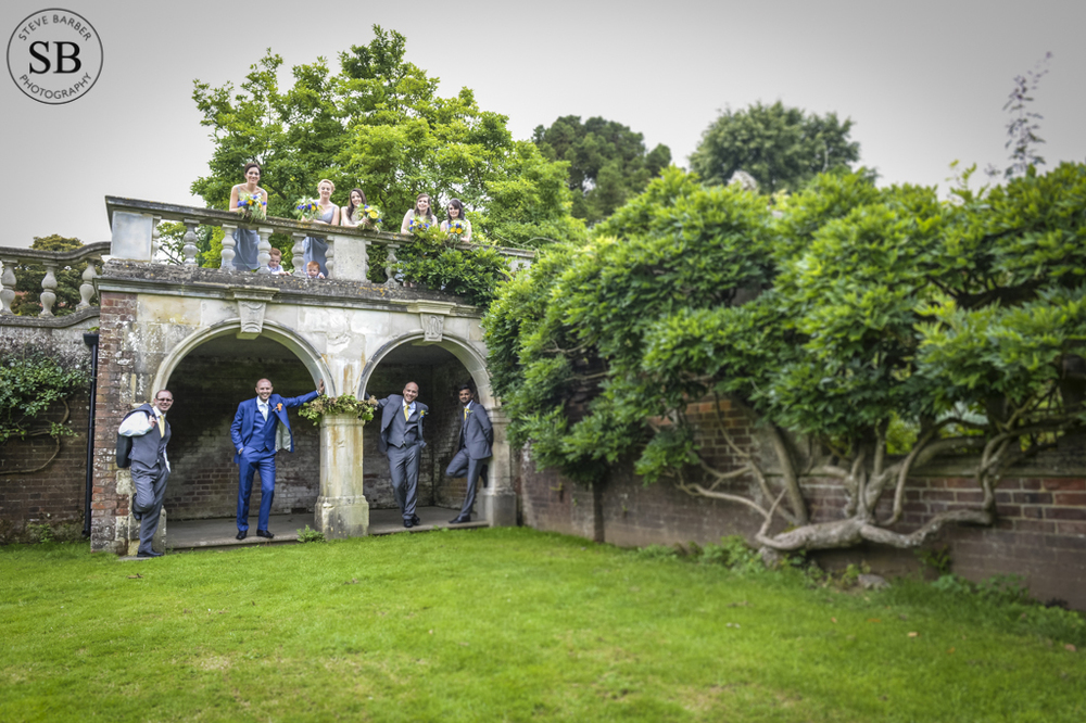 relaxed-wedding-photography-kent