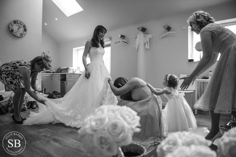 Winers Barns wedding photography kent photographer-9.JPG