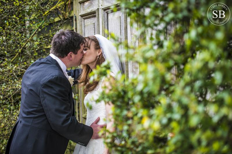 Winers Barns wedding photography kent photographer-16.JPG